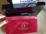 trousse rouge de maquillage CHANEL.jpg